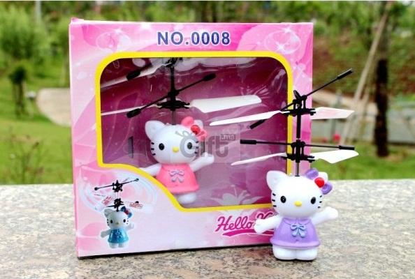 Super Hello-Kitty Volante Jouets hello kitty hélicoptère pour enfants + 5 ans. Il vole tout seul au-dessus de la main de vos enfant et se déplace en fonction de leurs mouvements grâce à une lentille infrarouge.